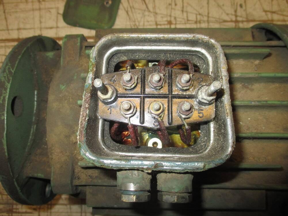 07_moteur 05 bornier.JPG