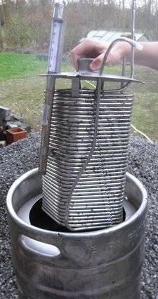 Pompe péristaltique pour jus de pommes 08-20cuve-20et-20serpentin-jpg