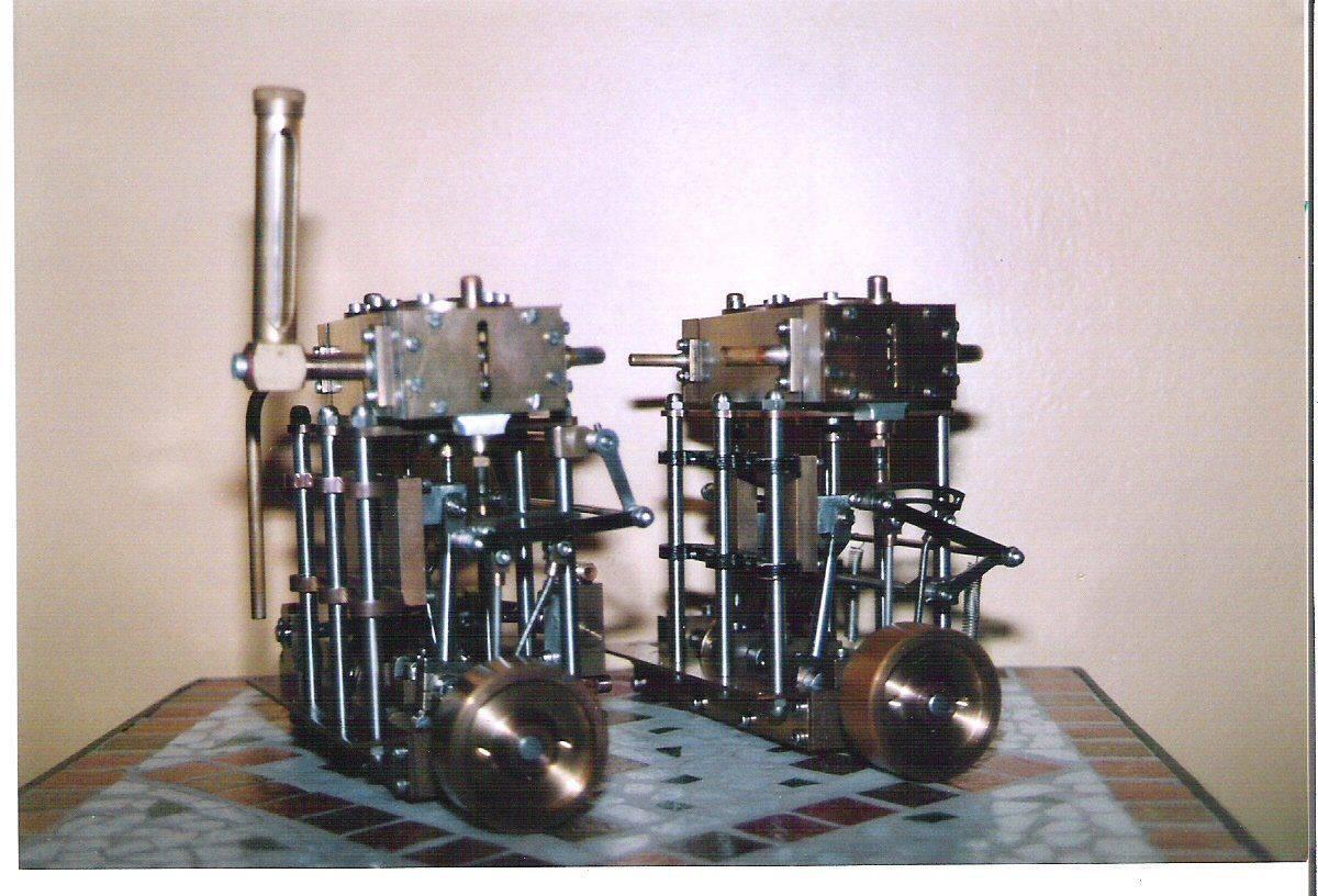 1 moteur avec et 1 sans pompe.jpg