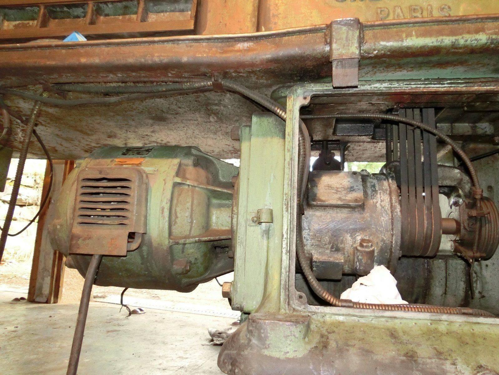 11 moteur.JPG
