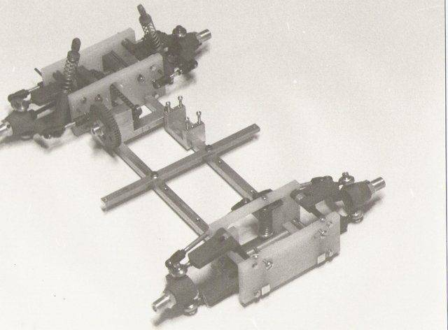 1984_chassis.jpg