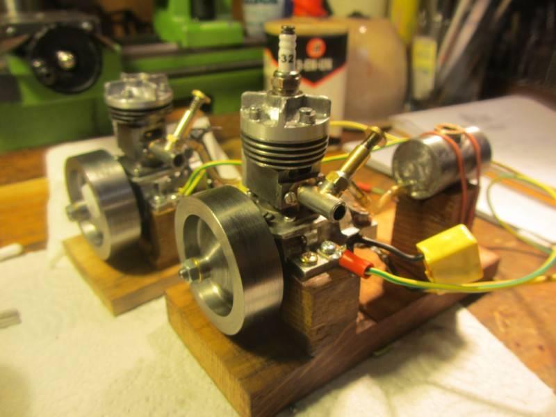 2 moteurs finis (1)R.JPG