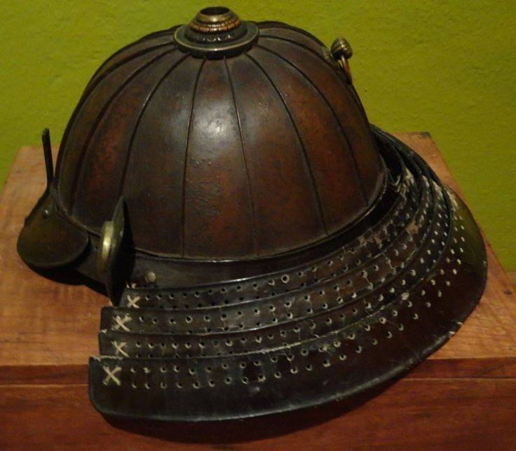 2855b40f2dd2b278aa3f6e6ab109413e--samurai-helmets.jpg
