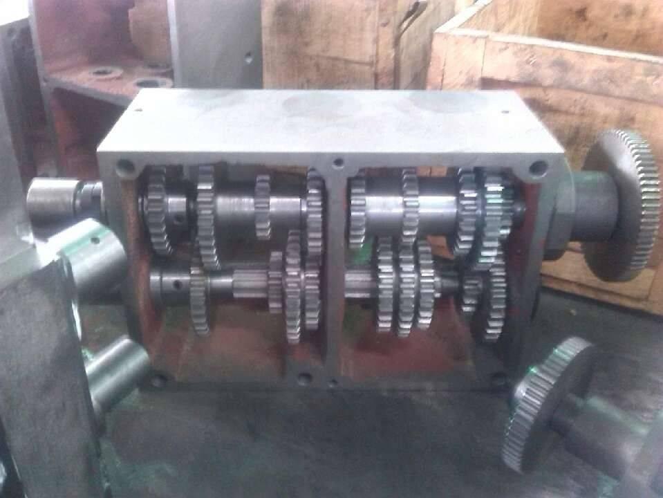 4-handle gear box-2.jpg