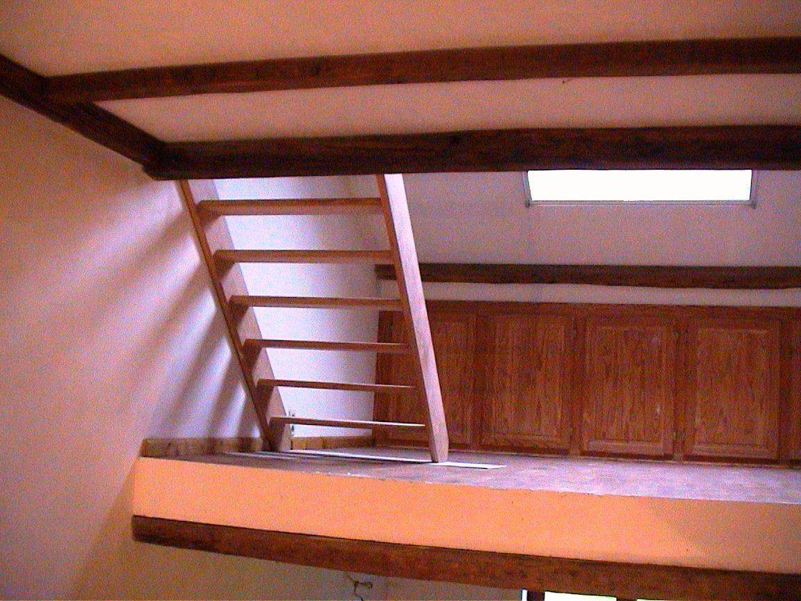 4ième escalier.jpg