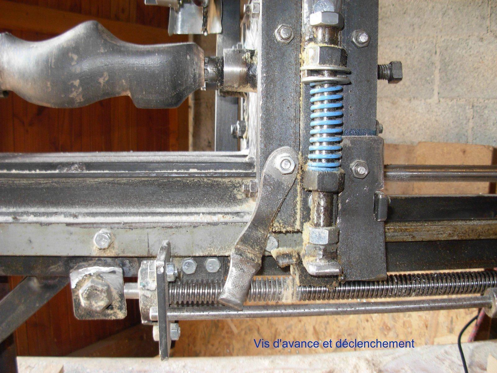 5 machine sabot  vis declenchement.jpg