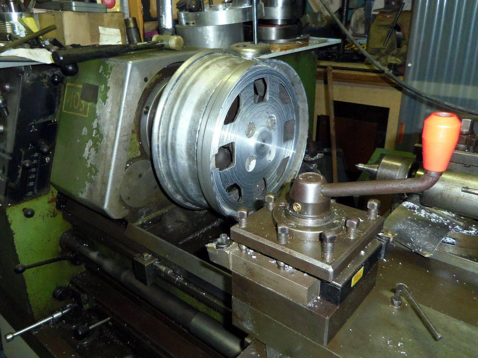 5 Tournage roue contact.JPG