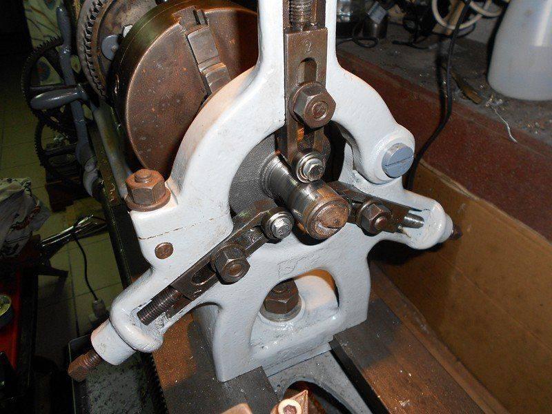 7. Montage en lunette du vilebrequin.JPG