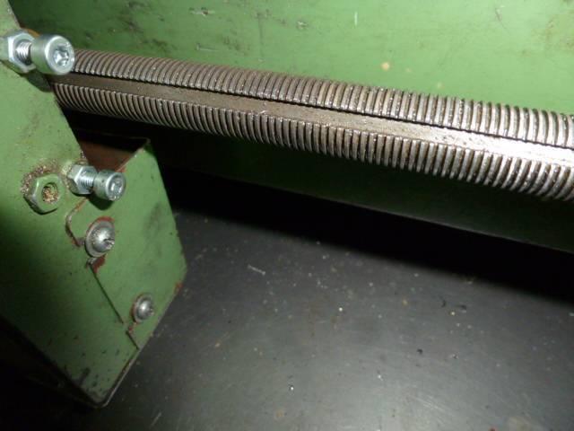 7-Tour RC-Machines 6123B dont la vis mère sera reprise avec une filière au pas métrique ISO de...JPG