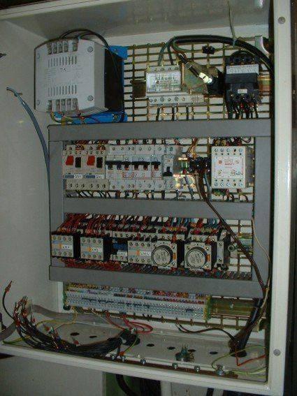 armoire électrique fraiseuse resampled.jpg