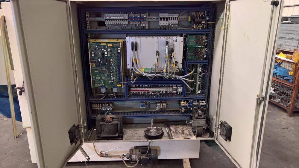 ARMOIRE T400.jpg