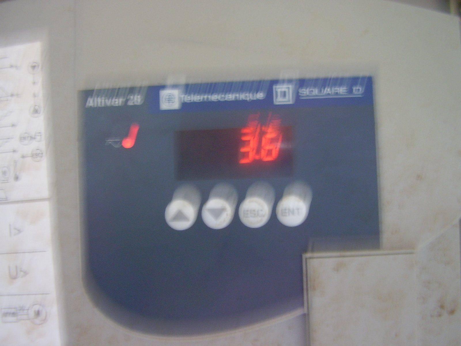 AT14.JPG