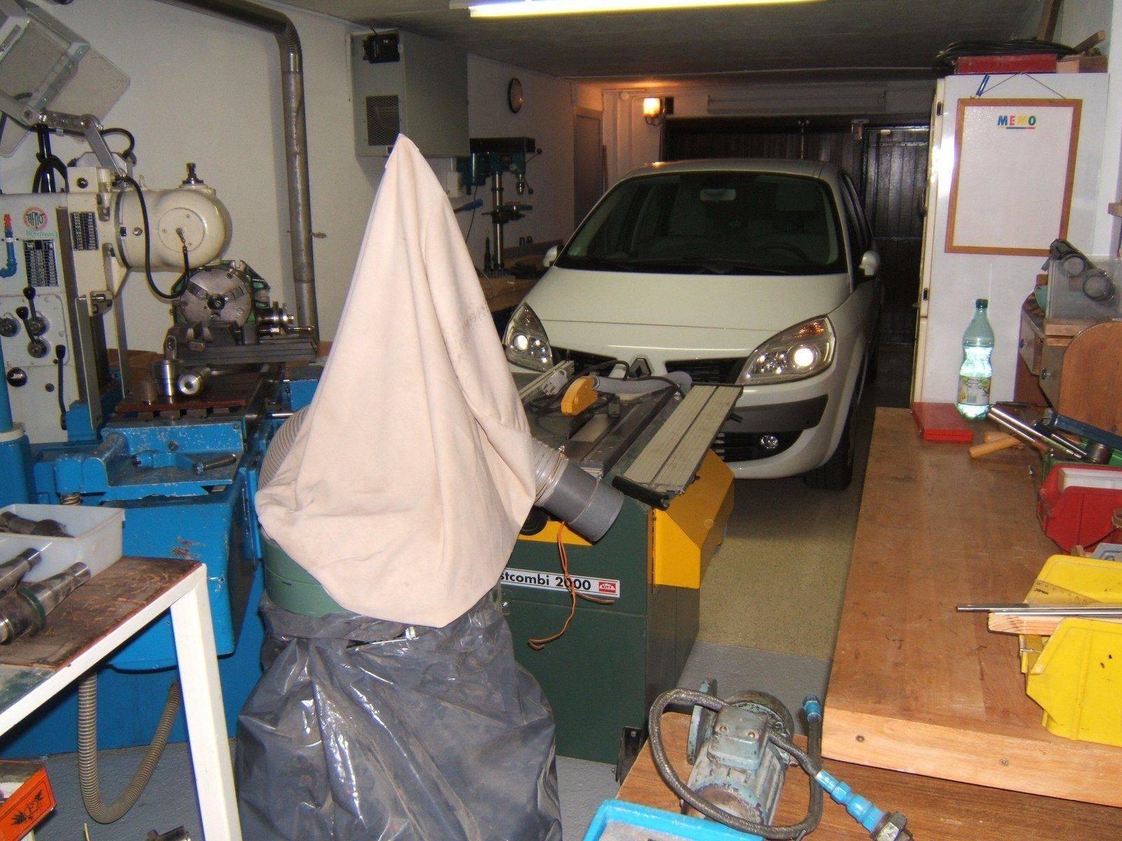 Atelier complet avec voiture.JPG