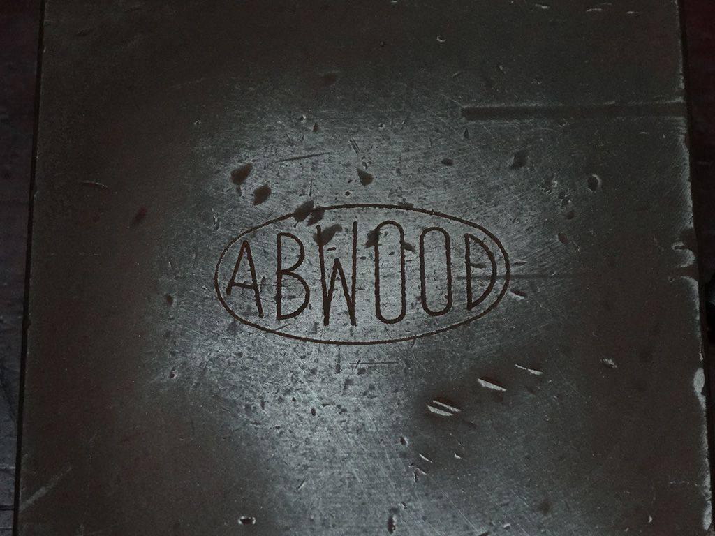 atelier_etau_abwood_01_moyen.jpg