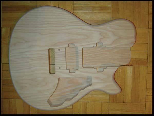 auxan_solid_guitar_05.jpg