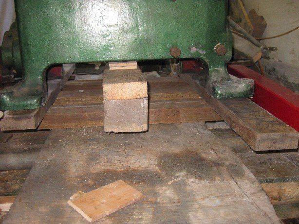 bâti sur rouleaux 2.jpg