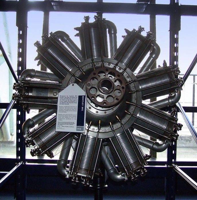 Bentley_BR2_Rotary_engine.jpg