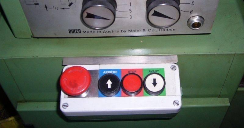 Boîte à boutons.jpg