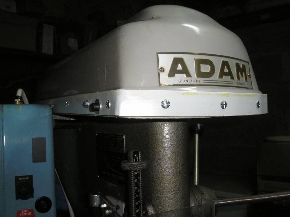capot adam (1).JPG