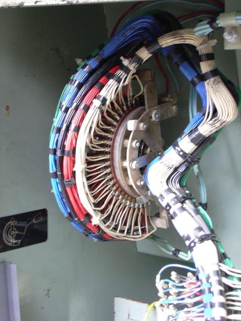 Commutateur rotatif connexions.jpg