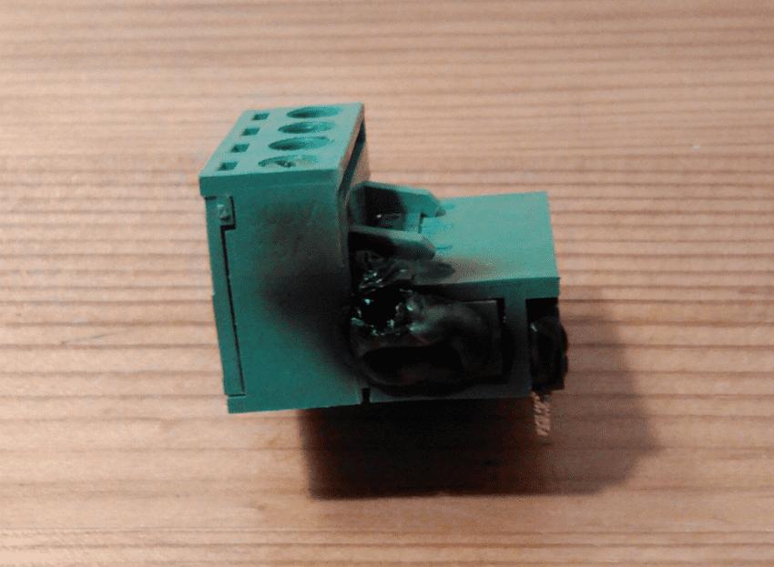 connecteur RAMPS cramé.png