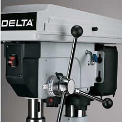 delta-17-950La.jpg