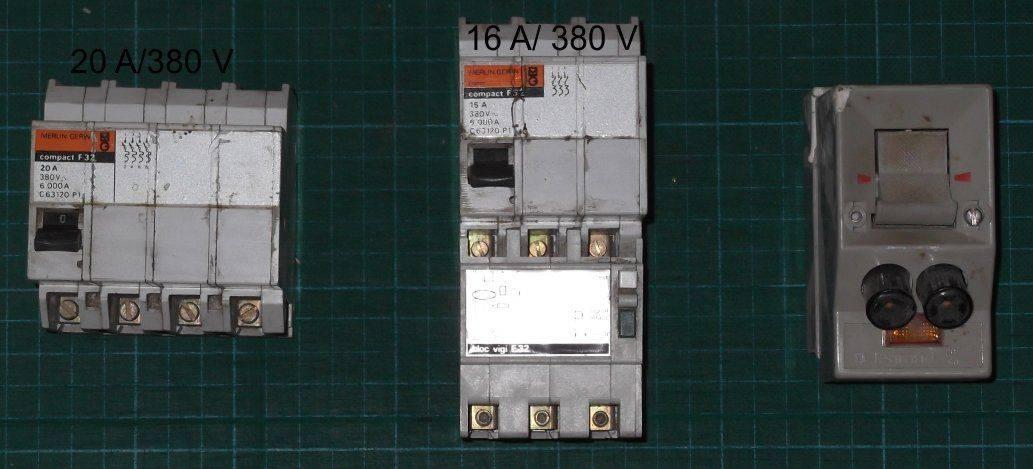 Disjoncteurs.jpg