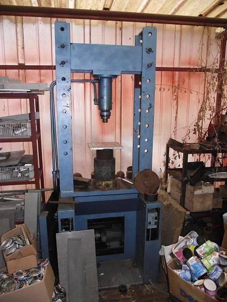 DSCF3980 R Petite presse  U.jpg