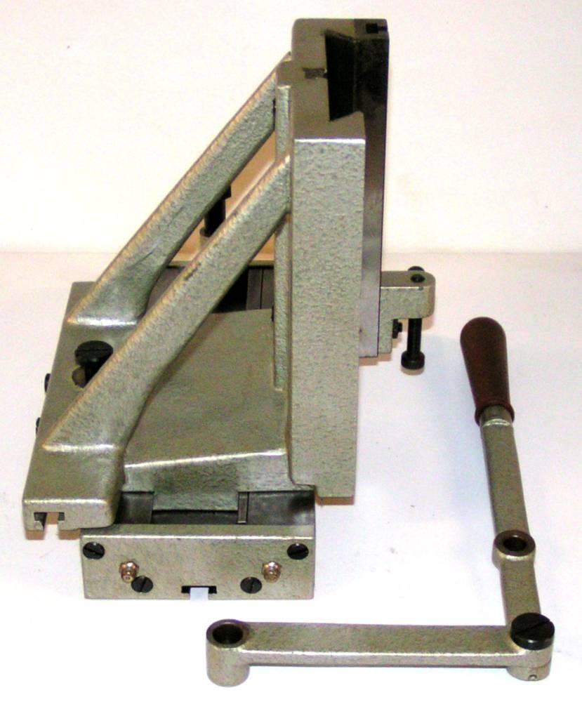 Equerre verticale et table horizontale vue côté.JPG