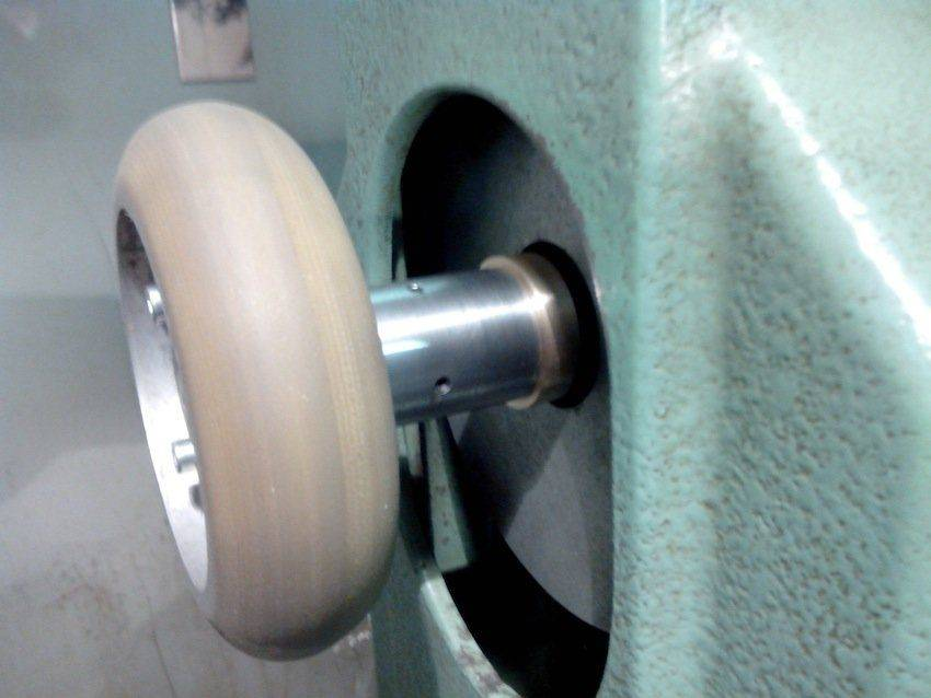 F Tire-pince Crouzet.jpg