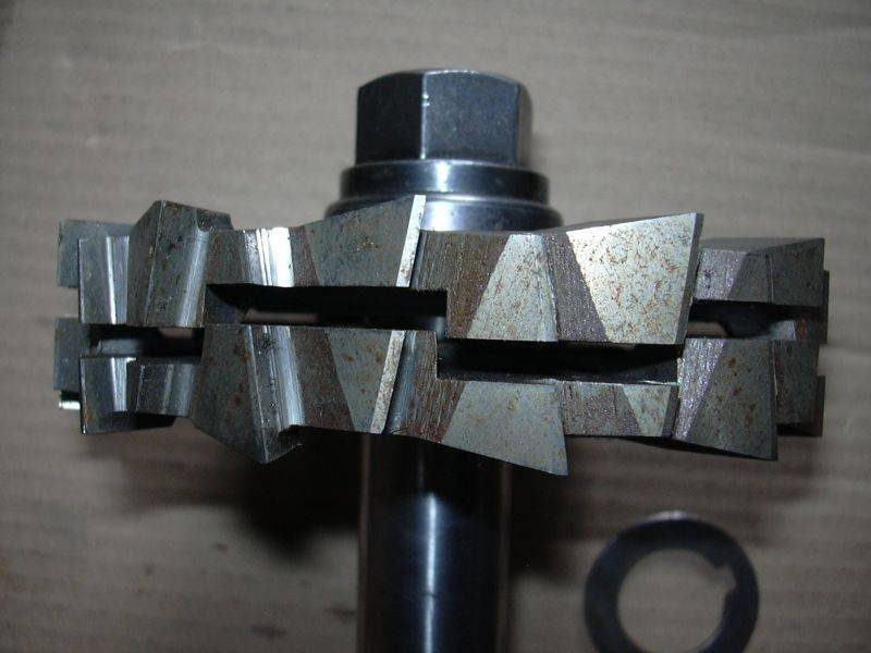 Fraise 3 tailles expansible 125-25 (maxi).JPG