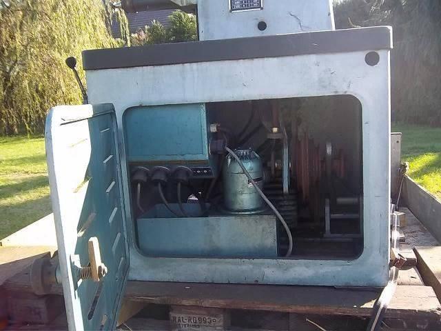 fraiseuse moteur et pompe.JPG