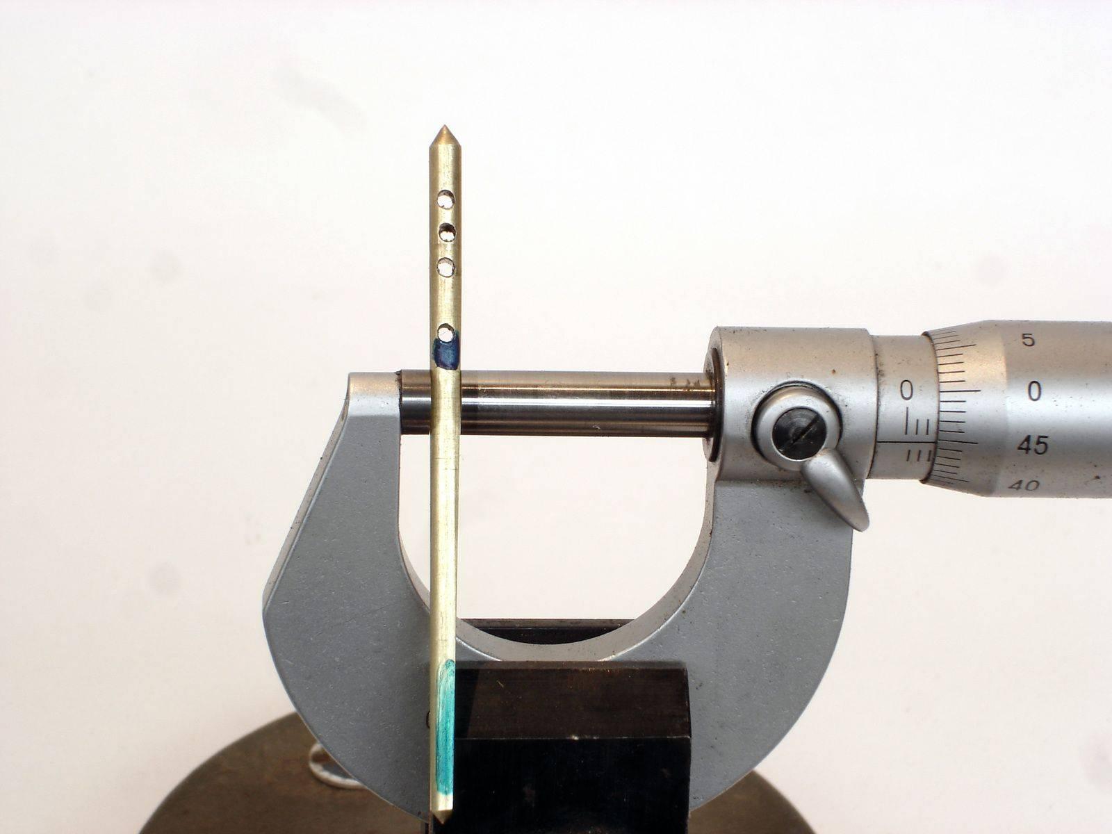 gardner_tech_needle_10_hd.jpg