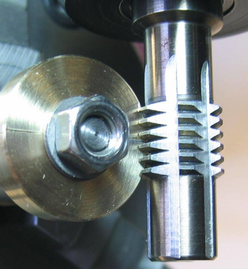 Gear-Hobber-m05-32.jpg