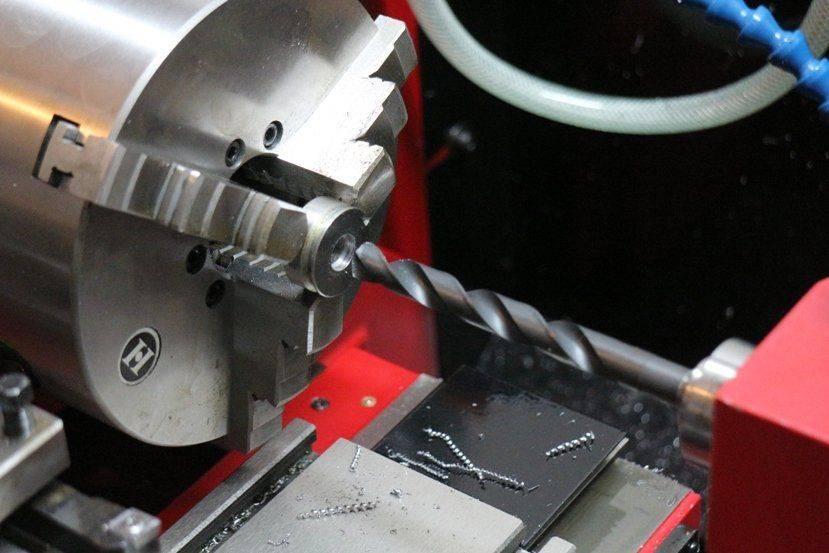 IMG_6388c Perçage de la rondelle multifix à 12mm.JPG