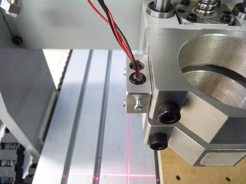Laser Apinex 1.jpg