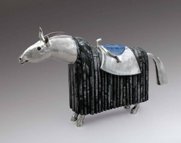 le-cheval-d-honneur-du-roi.jpg