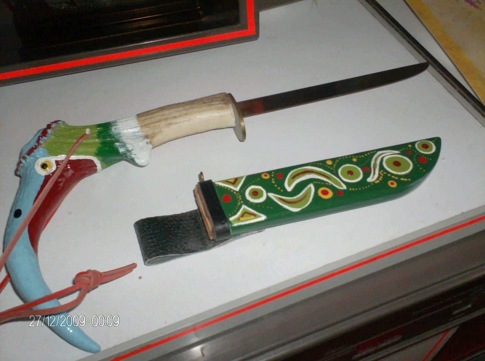 Le même couteau sioux dans son entier ..jpg