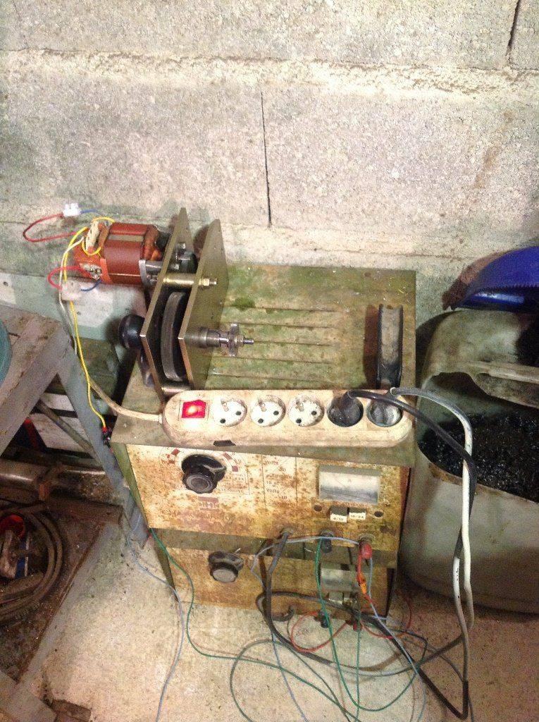 Le moto-réducteur et son alimentation (provisoire).JPG