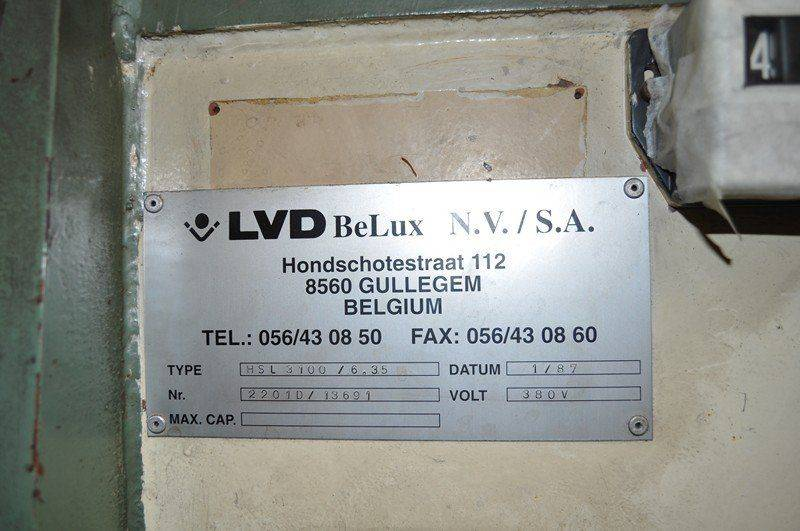 LVD cisaille ,probléme fuite huile collecteur pompe hydraulique 001.jpg