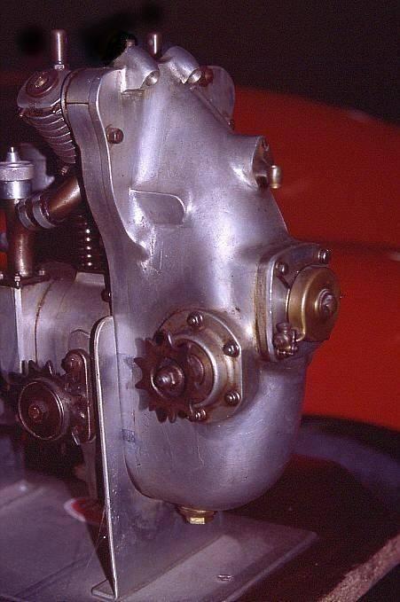 M 08.jpg