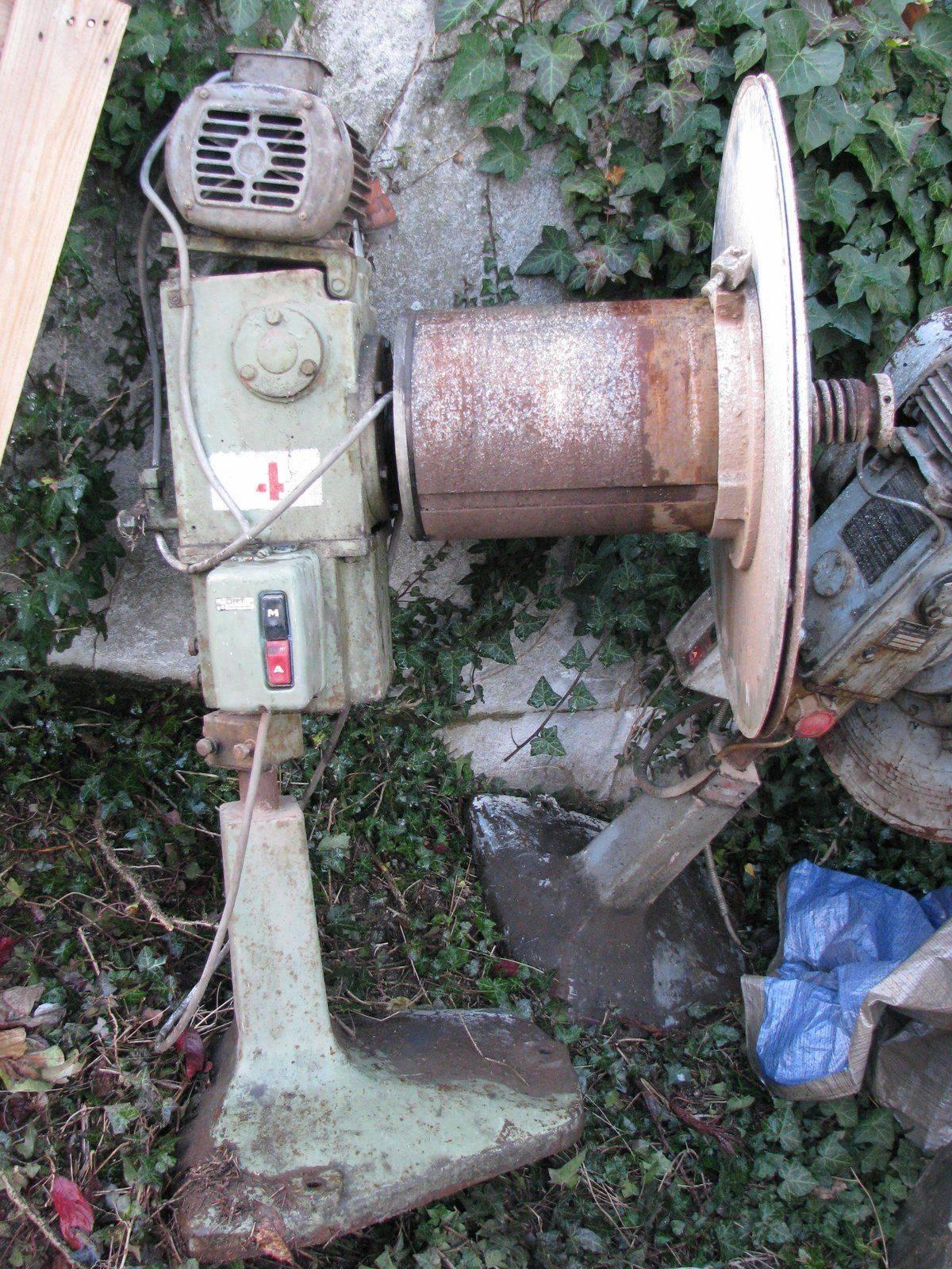 machines 022.jpg