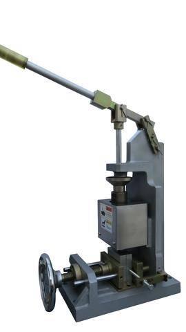 Manual_bentop_injection_molding_machine-side_large.jpg