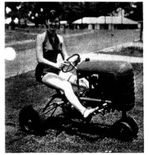 midget-tractor-3.png