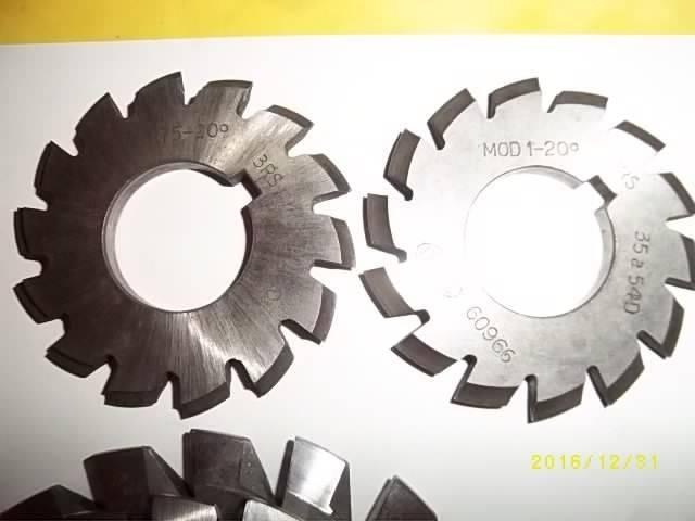 Module 0.75 et 1 20°.JPG