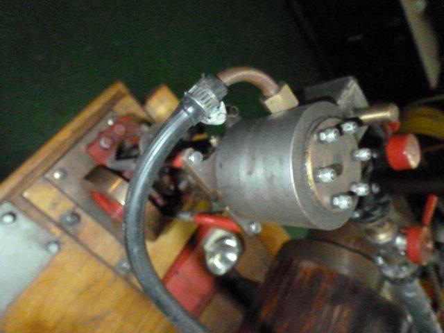 Monocylindre à vapeur 003.JPG
