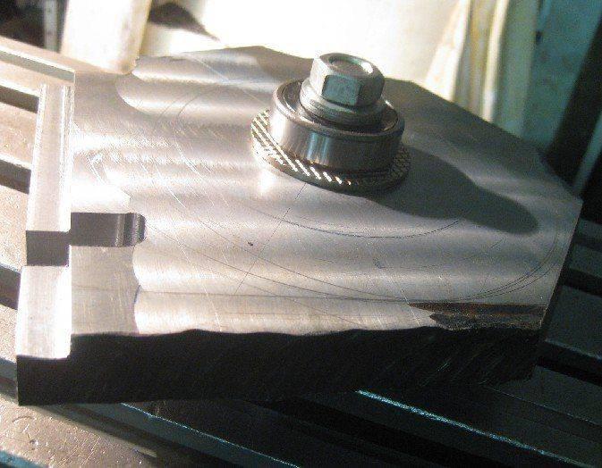 montage pivot et roulement avec plaque.jpg