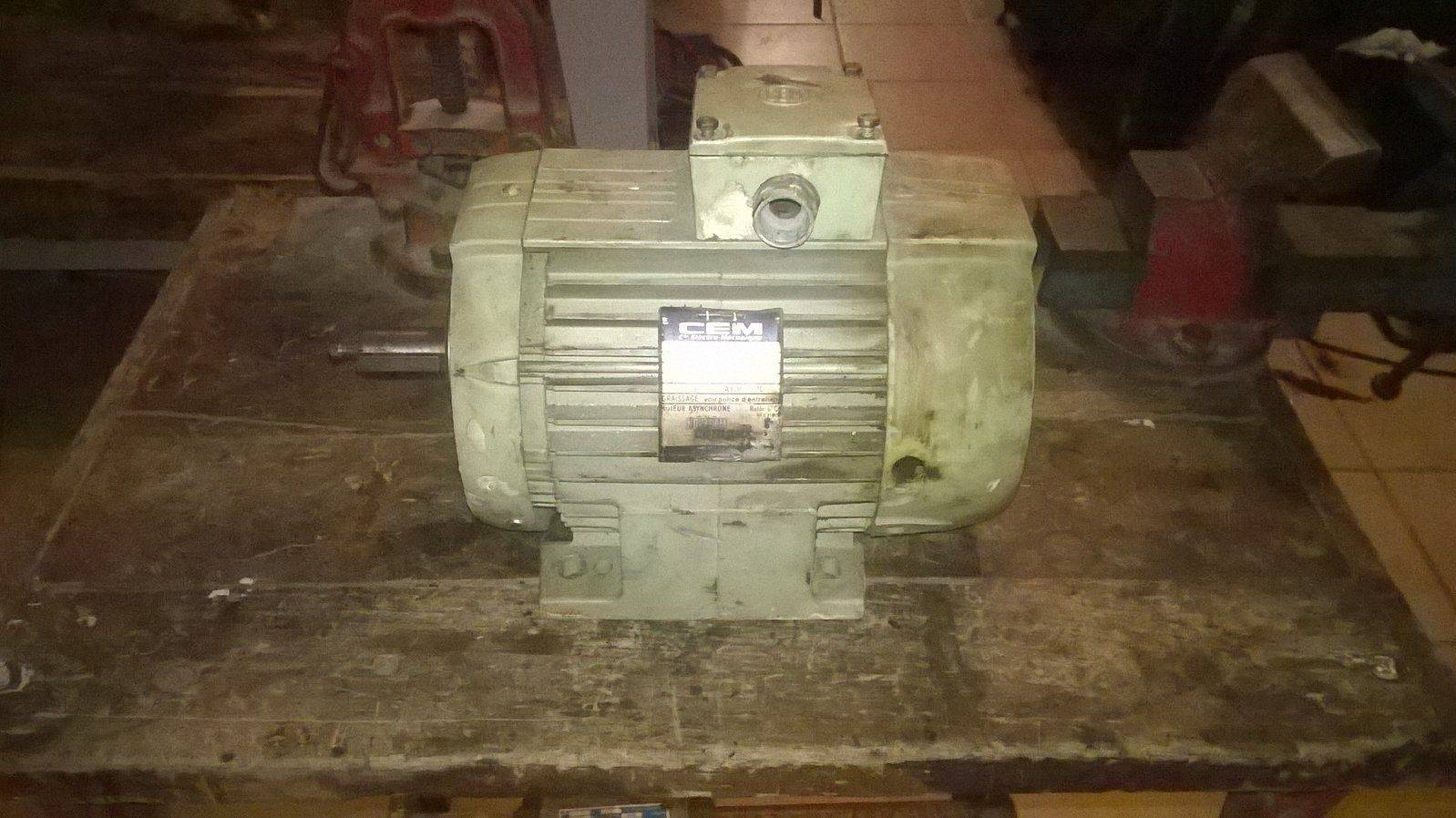 moteur cablage 2.jpg