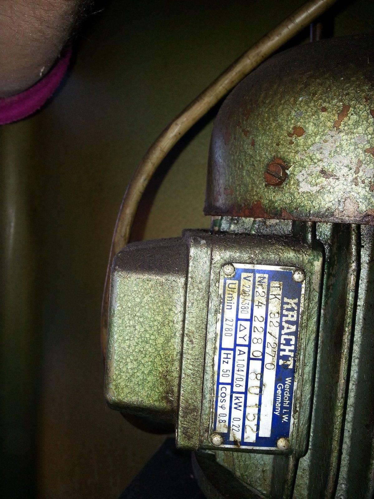 moteur pompe.jpg