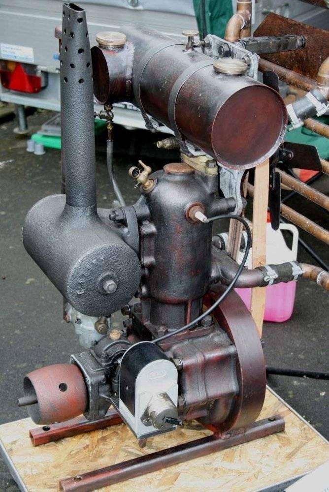 moteur Sicam sur motoculteur Somua C7.jpg